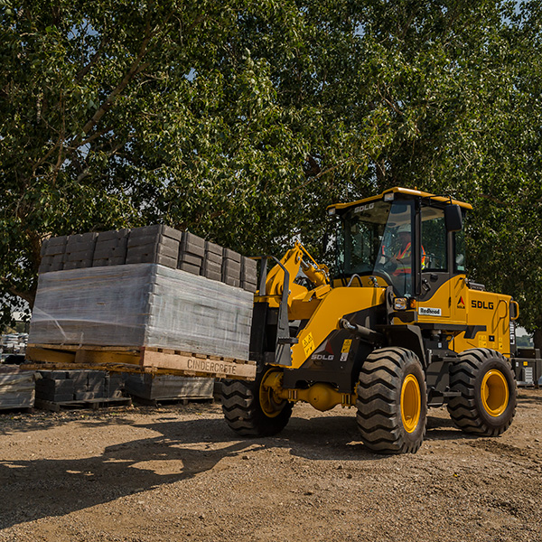 SDLG-918F-Front-End-Loader-Landscaping-Block-Handling